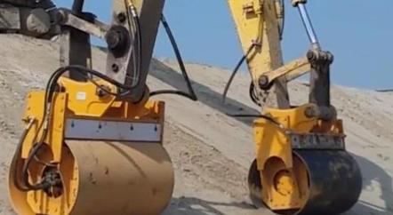 挖掘机厂家:挖掘机滚筒振动夯实器,如何安装调试,你知道吗